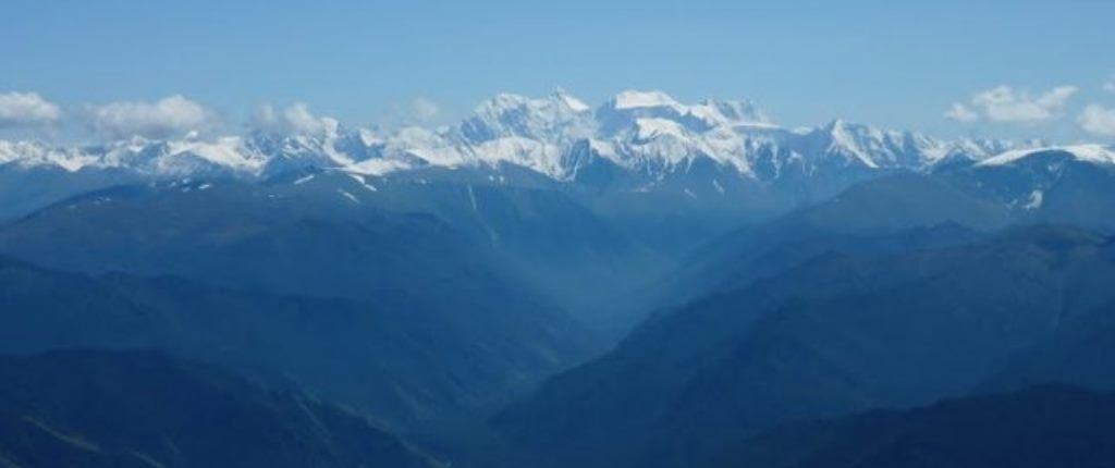 Катунский хребет и гора Белуха